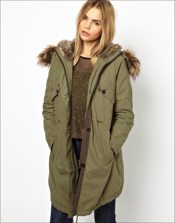 Manteau femme long style militaire