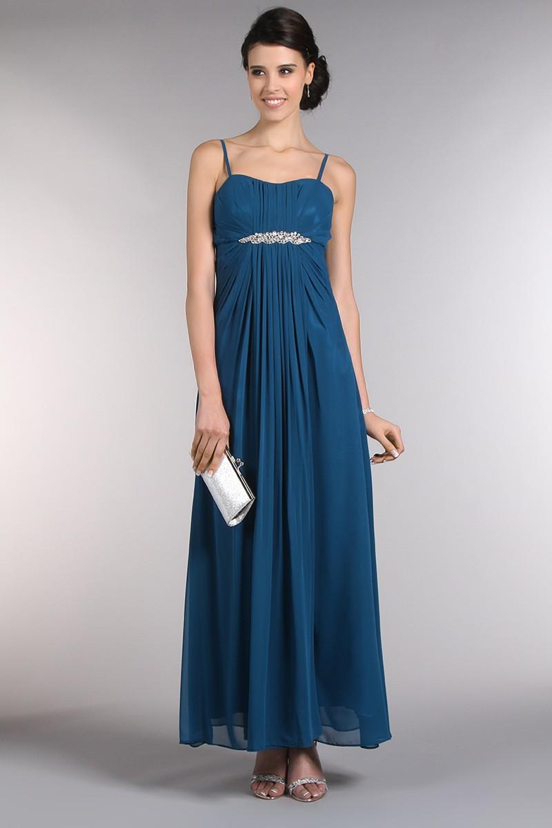 L 39 astuce pour porter la robe longue sur - Qui peut se porter garant pour une location ...