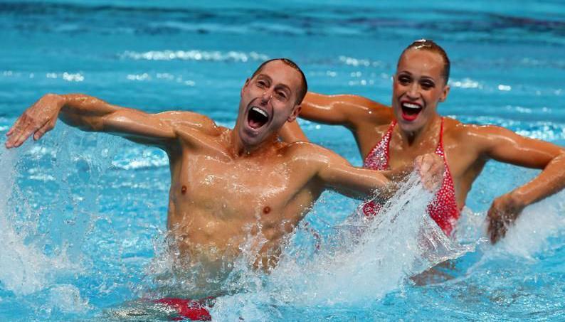 Natation synchronis e homme for Piscine cours de natation