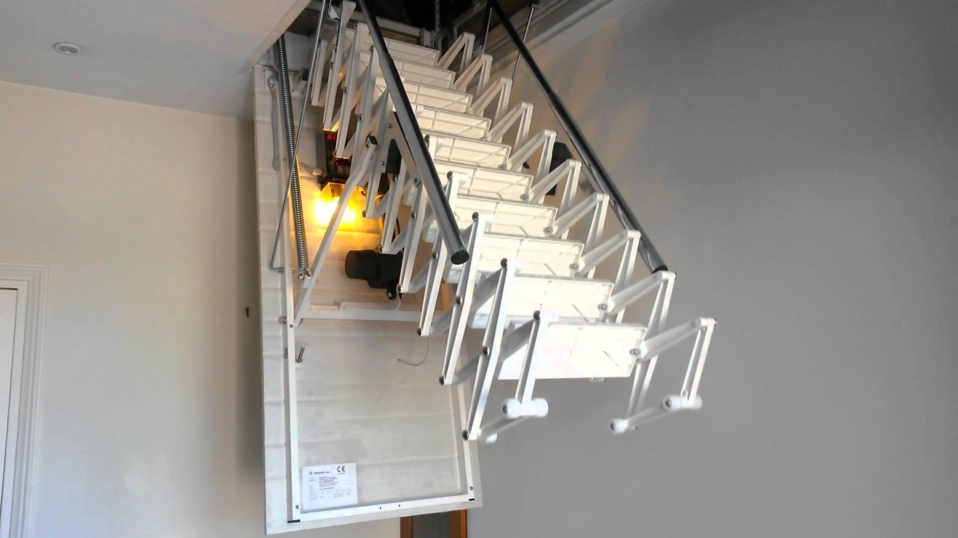 comment installer un escalier escamotable. Black Bedroom Furniture Sets. Home Design Ideas