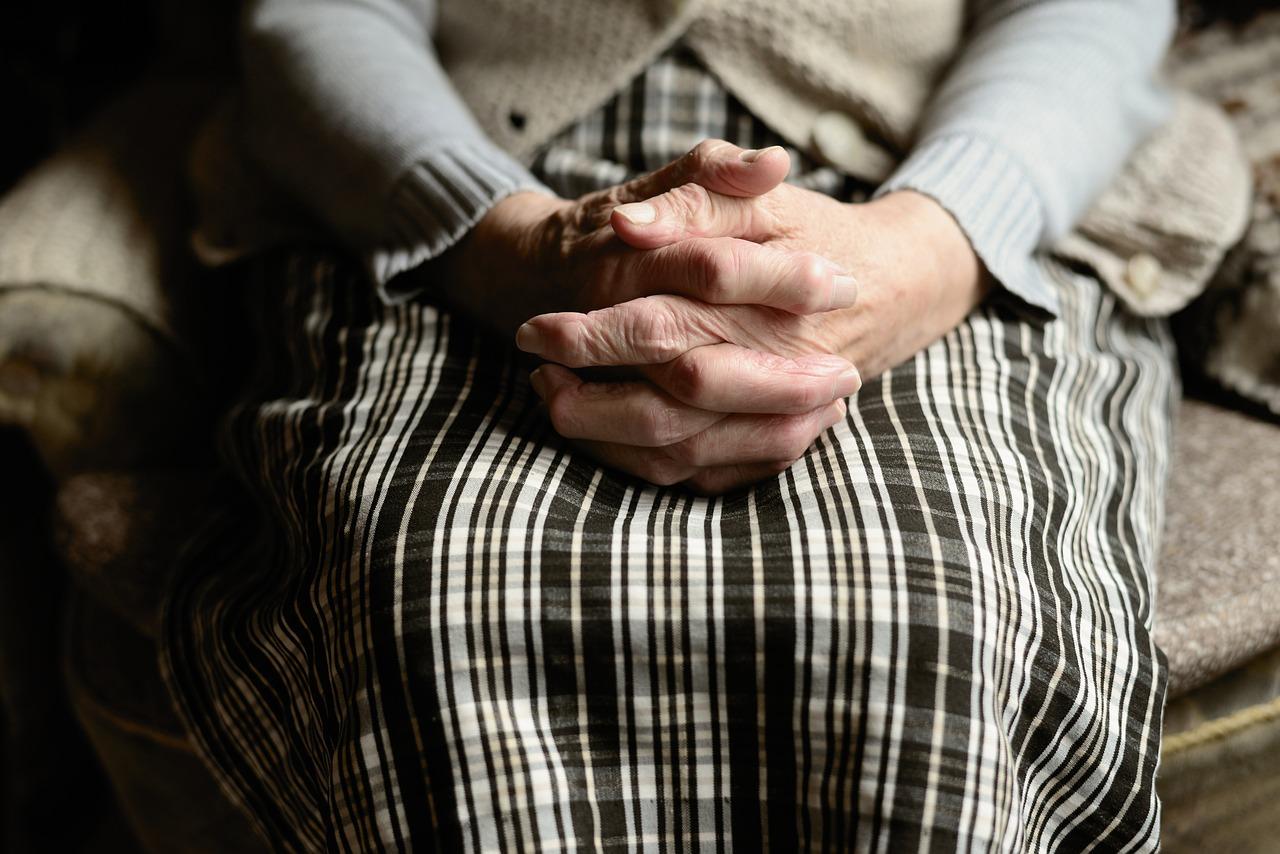 Les avantages du maintien à domicile des personnes âgées